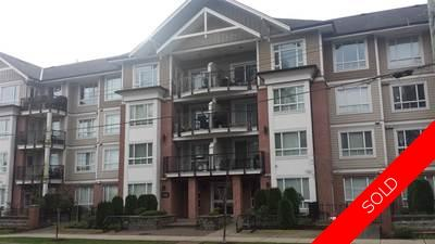 Guildford Condo for sale:  2 bedroom 818 sq.ft. (Listed 2016-12-30)